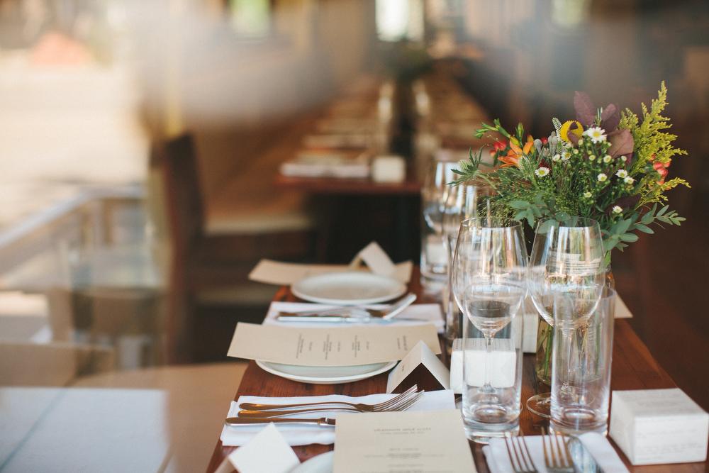 intimate-wedding-photos-Grace-Restaurant-Toronto-pregnantbride011.JPG