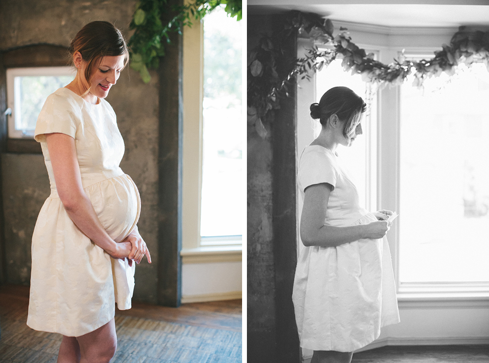 intimate-wedding-photos-Grace-Restaurant-Toronto-pregnantbride020.jpg
