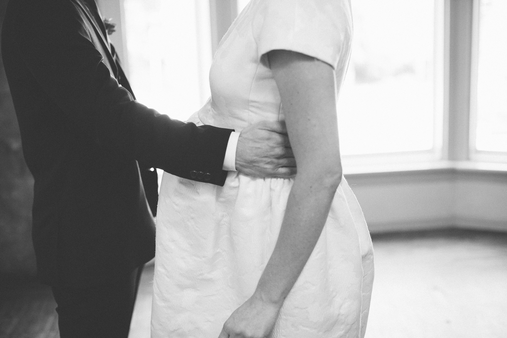 intimate-wedding-photos-Grace-Restaurant-Toronto-pregnantbride022.JPG