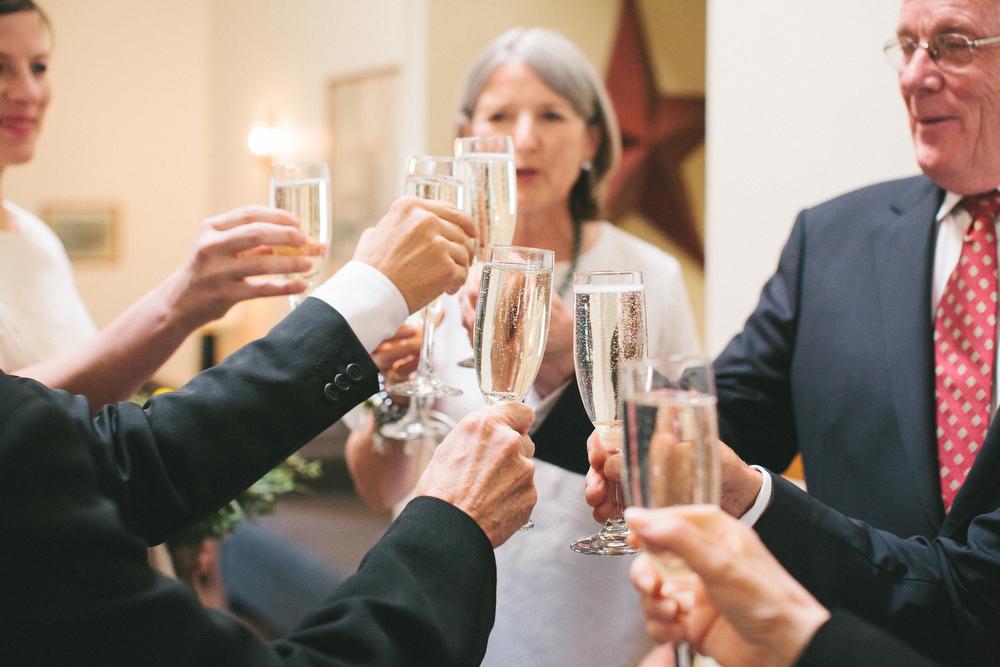 intimate-wedding-photos-Grace-Restaurant-Toronto-pregnantbride034.JPG