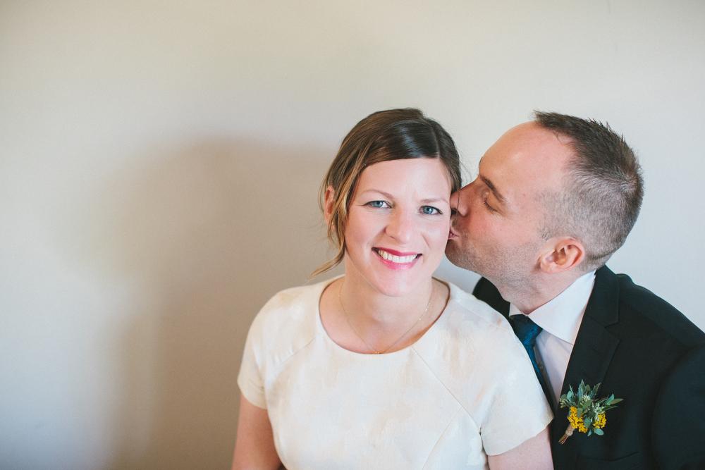 intimate-wedding-photos-Grace-Restaurant-Toronto-pregnantbride042.JPG