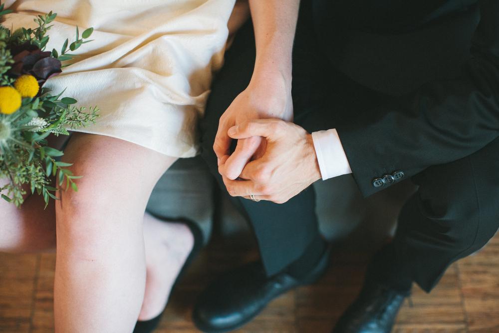 intimate-wedding-photos-Grace-Restaurant-Toronto-pregnantbride045.JPG