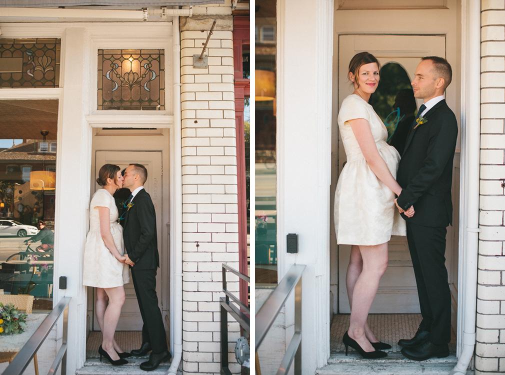 intimate-wedding-photos-Grace-Restaurant-Toronto-pregnantbride049.jpg