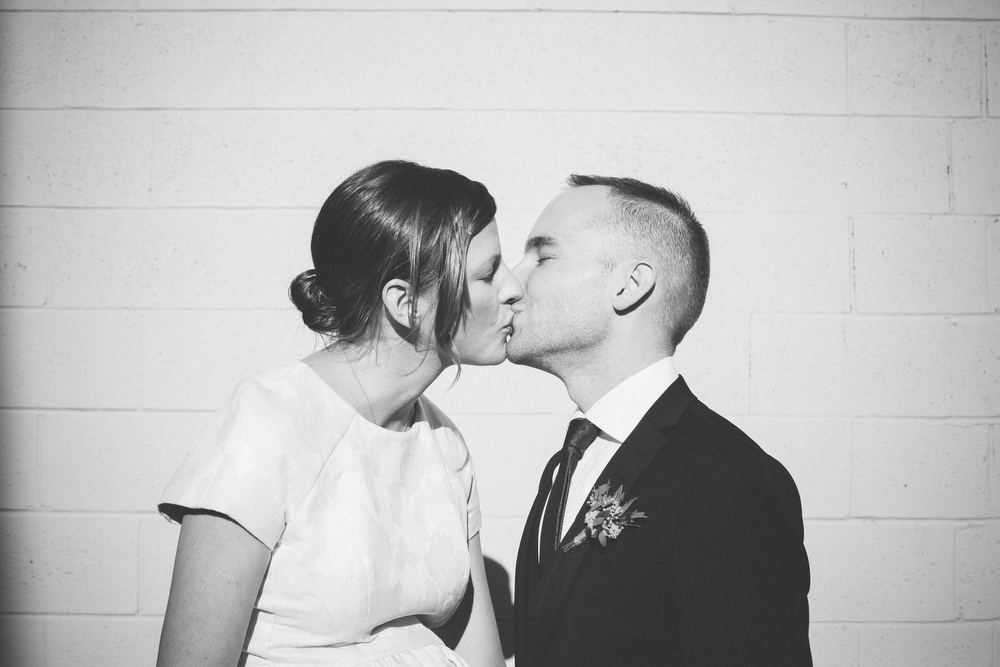 intimate-wedding-photos-Grace-Restaurant-Toronto-pregnantbride058.JPG