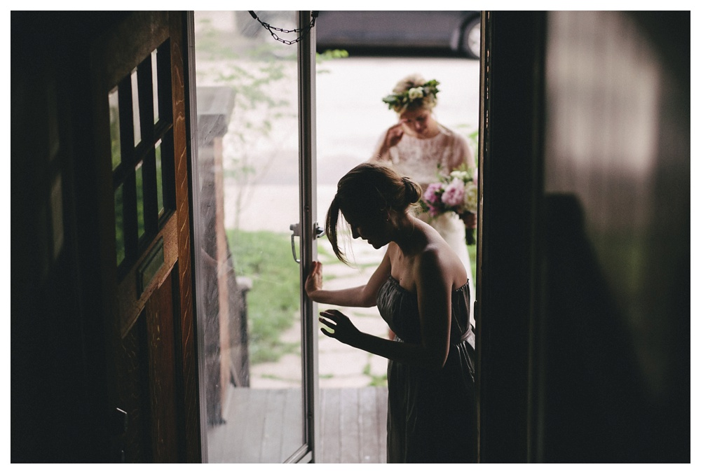 intimate-wedding-photos-Toronto-Louvrier-HighPark-023.JPG