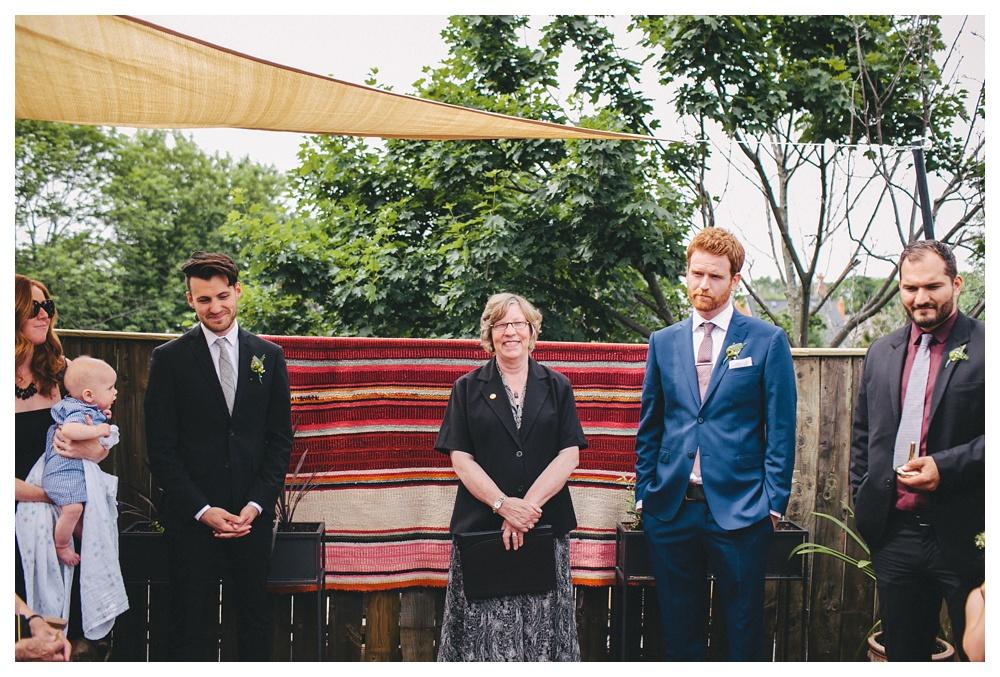 intimate-wedding-photos-Toronto-Louvrier-HighPark-024.JPG