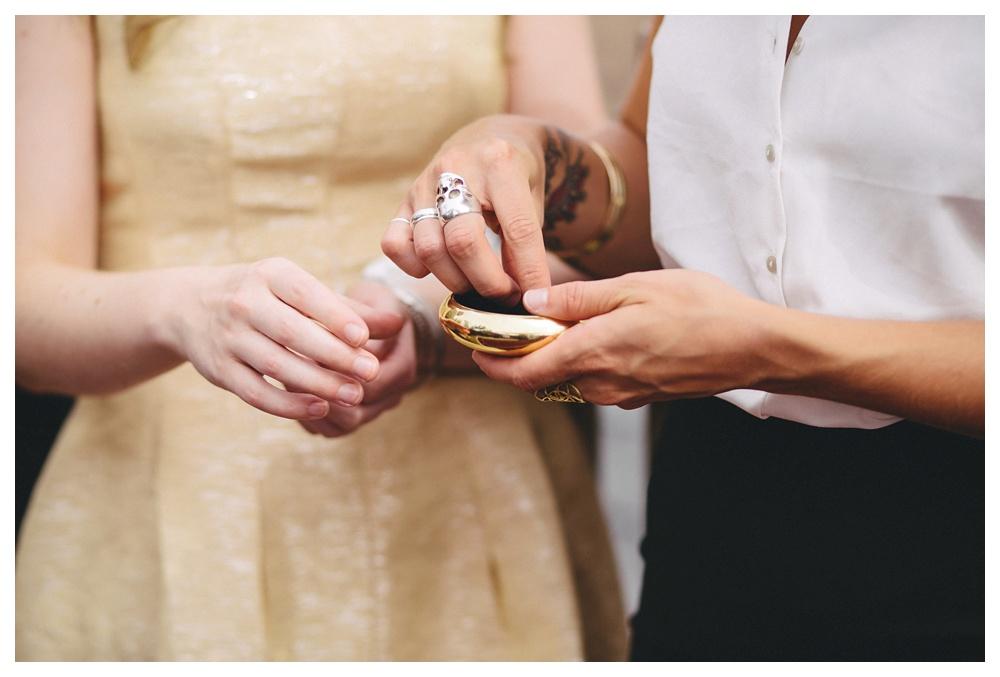 intimate-wedding-photos-Toronto-Louvrier-HighPark-031.JPG