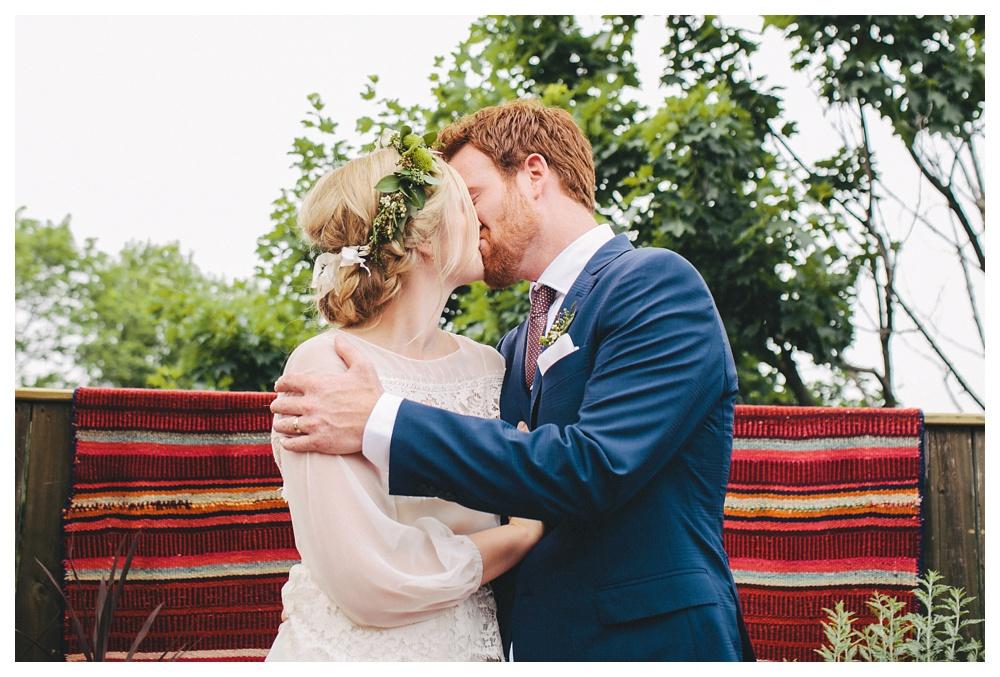 intimate-wedding-photos-Toronto-Louvrier-HighPark-034.JPG