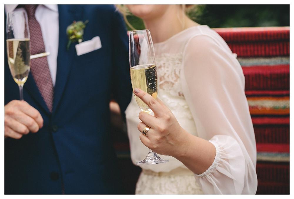 intimate-wedding-photos-Toronto-Louvrier-HighPark-040.JPG