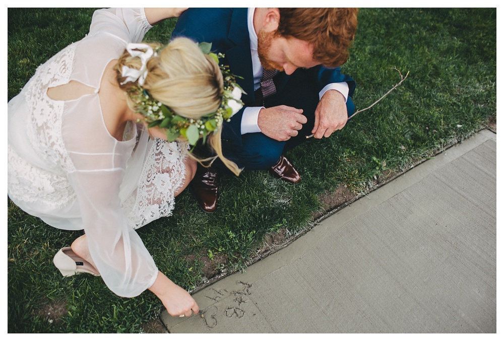 intimate-wedding-photos-Toronto-Louvrier-HighPark-051.JPG