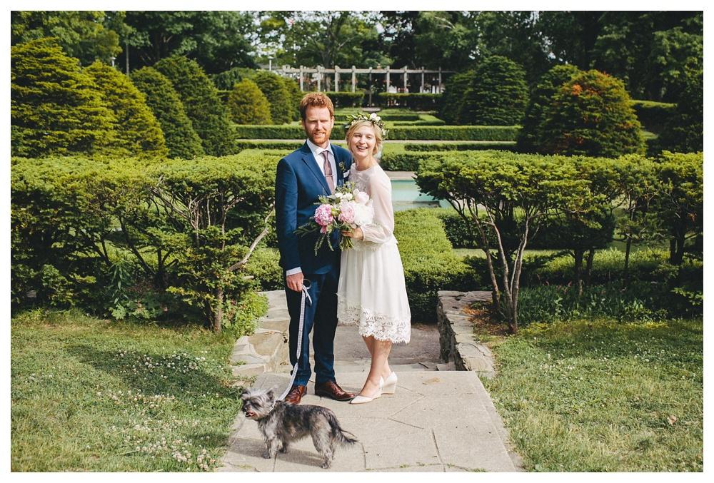intimate-wedding-photos-Toronto-Louvrier-HighPark-053.JPG