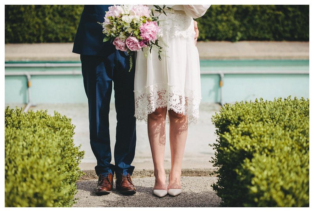 intimate-wedding-photos-Toronto-Louvrier-HighPark-057.JPG