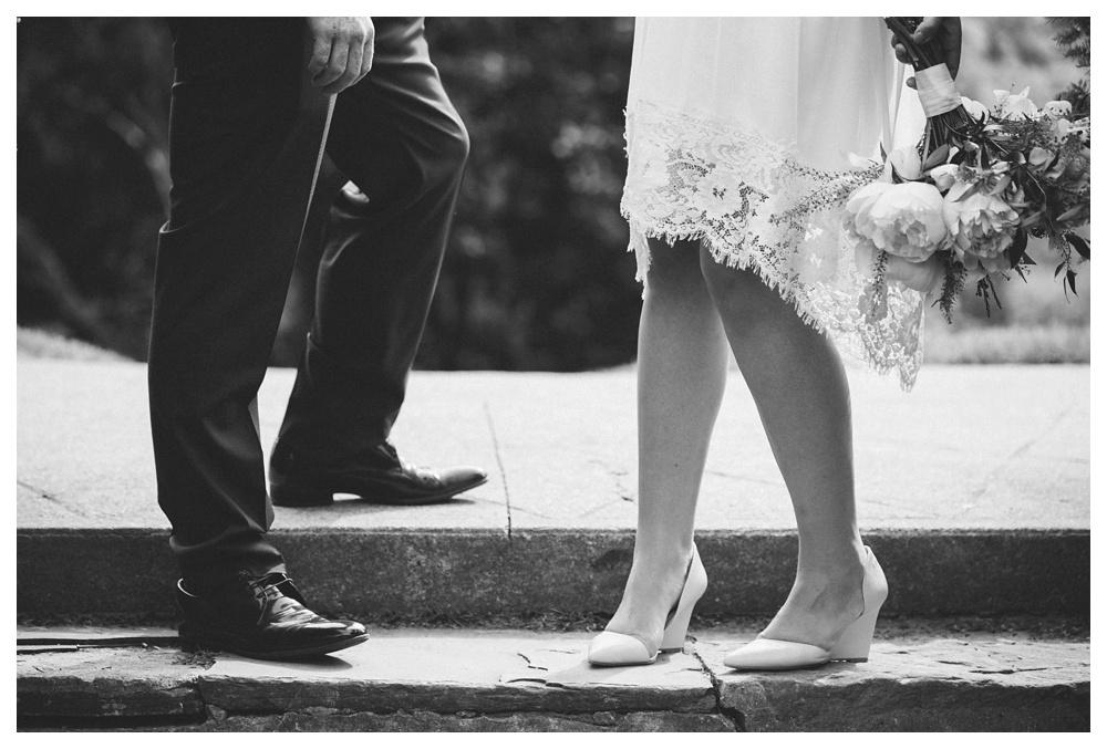 intimate-wedding-photos-Toronto-Louvrier-HighPark-060.JPG