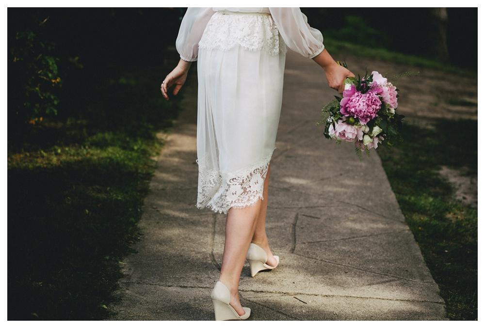 intimate-wedding-photos-Toronto-Louvrier-HighPark-063.JPG