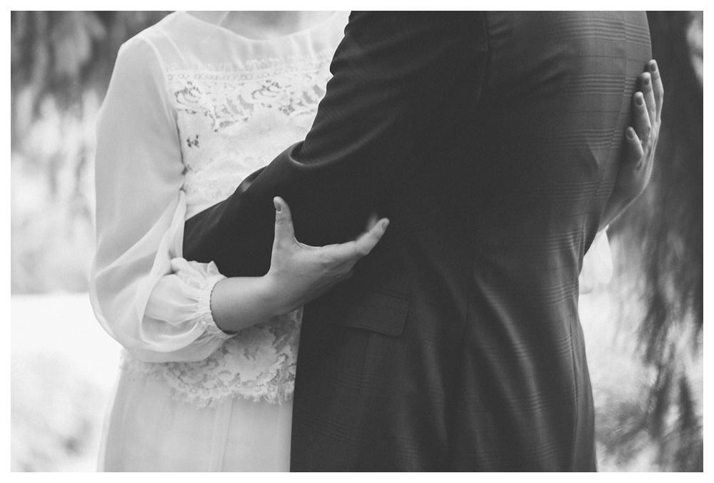 intimate-wedding-photos-Toronto-Louvrier-HighPark-069.JPG
