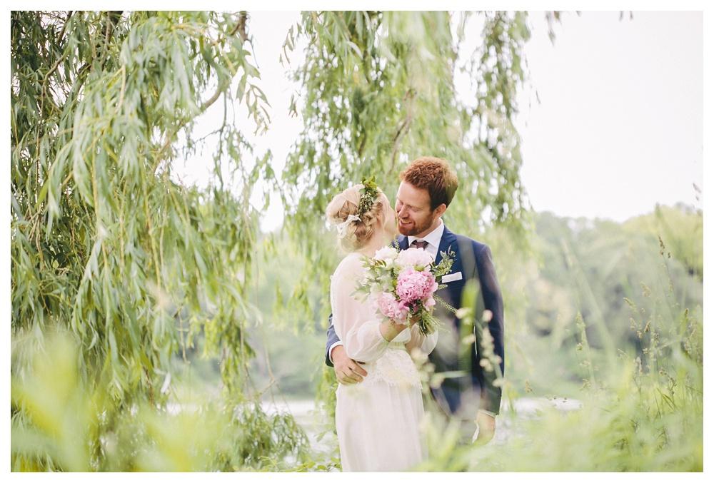 intimate-wedding-photos-Toronto-Louvrier-HighPark-072.JPG