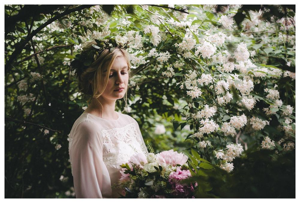 intimate-wedding-photos-Toronto-Louvrier-HighPark-081.JPG