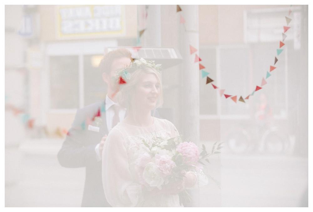 intimate-wedding-photos-Toronto-Louvrier-HighPark-092.JPG