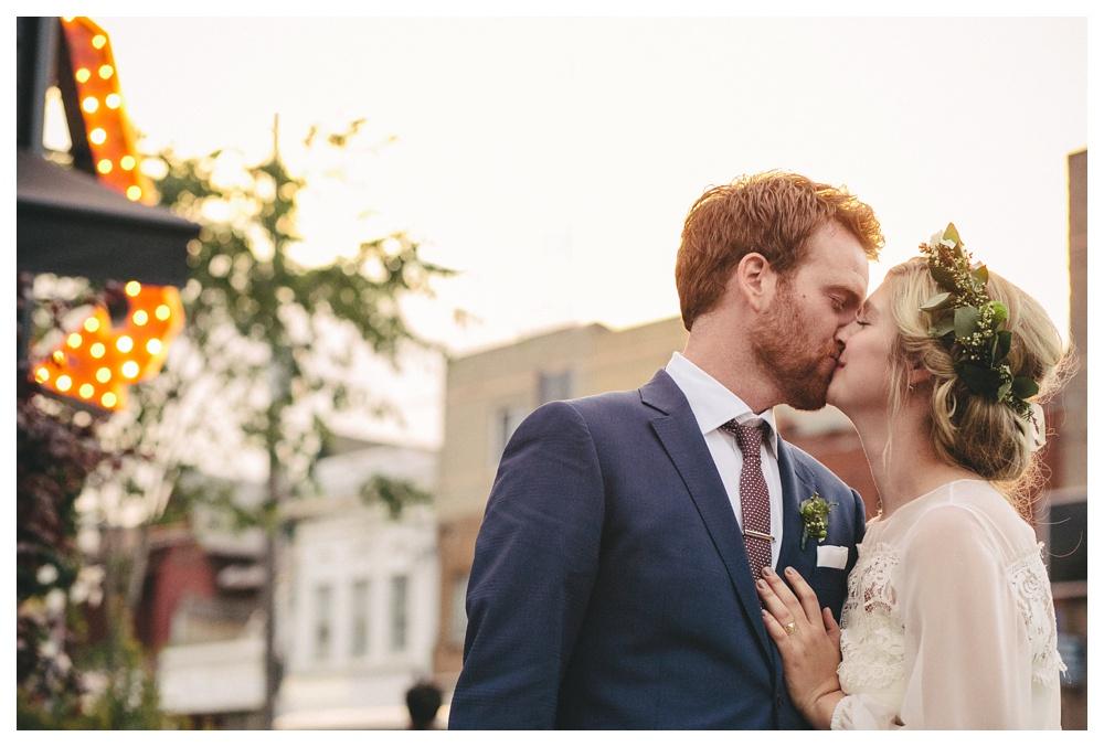 intimate-wedding-photos-Toronto-Louvrier-HighPark-130.JPG