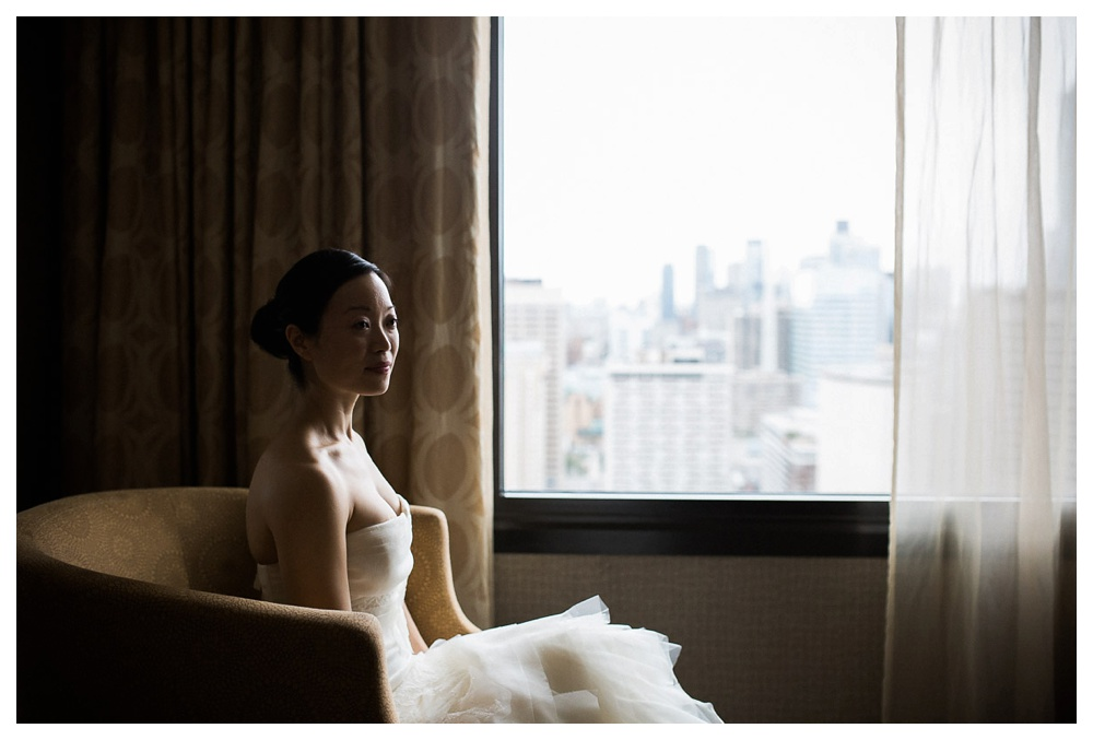 Arcadian Court, Vera Wang, wedding, wedding dress, intimate, bride, urban, classic, Toronto, hotel,