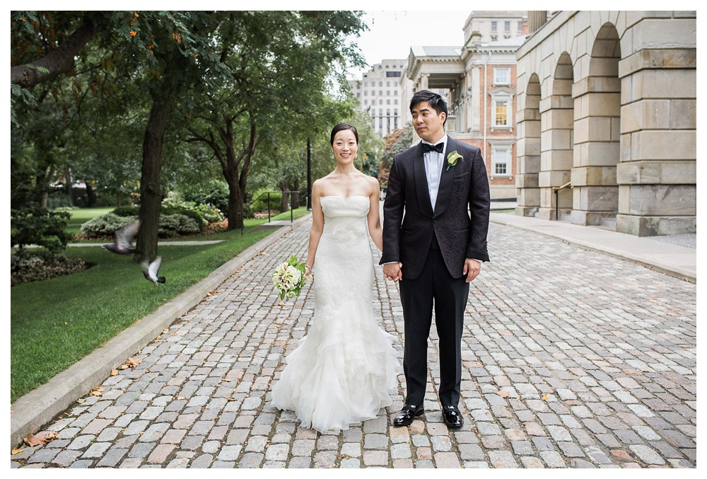 wedding, Toronto, Ossgoode Hall, couple, park, Toronto, bride, groom, flowers, Vera Wang, Tom Ford, wedding day, portraits