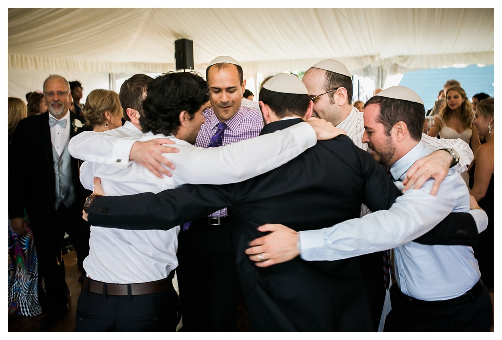 Ravine Winery, wedding, romantic, Niagara-on-the-lake, Jewish wedding, wedding party, dancing, Jewish dancing, groomsmen, outdoor wedding, Blush and Bowties,