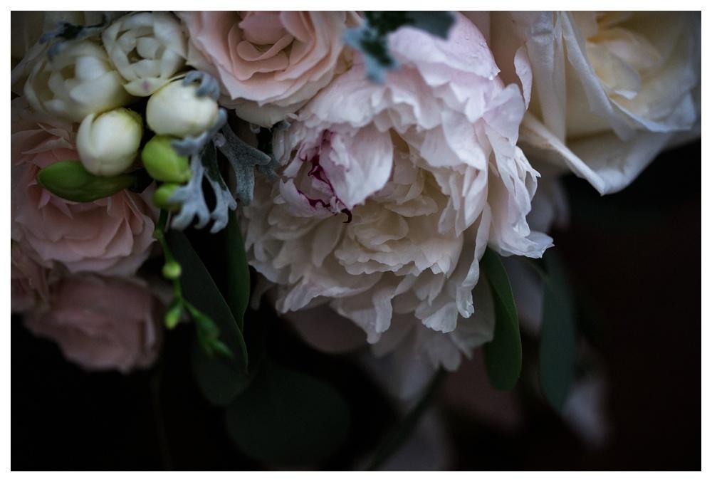 23-DanijelaWeddings-KurtzOrchards-Niagaraonthelake-wedding-flowers-LushFlorals.JPG