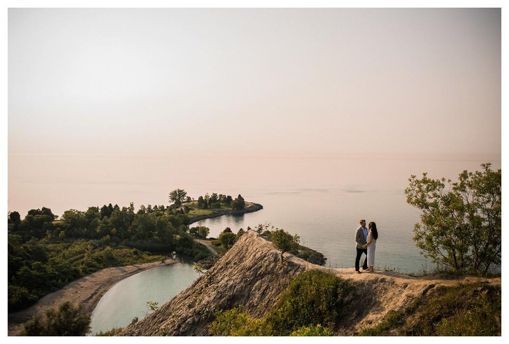 42-DanijelaWeddings-engagement-Toronto-thebluffs-lake-cliff.JPG