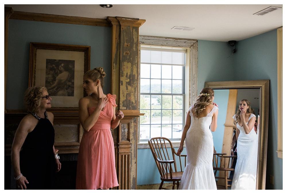 53-DanijelaWeddings-wedding-RavineWinery-NiagaraOnTheLake-vineyard-vines-prep-AlexandraMcNamara-BlushandBowties.JPG