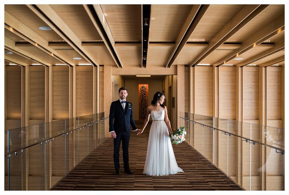90-DanijelaWeddings-wedding-Toronto-BlueJays-StorysBuilding-BlushandBloom-couple.JPG