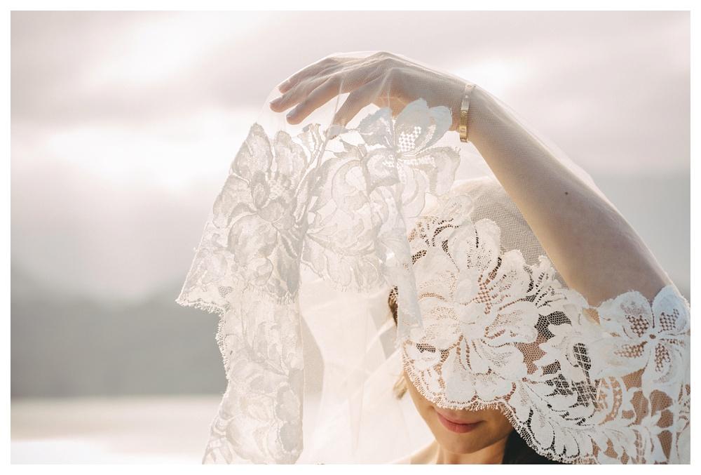 15-DanijelaWeddings-Hawaii-Kauai-wedding-SaintRegis-veil-bride.JPG