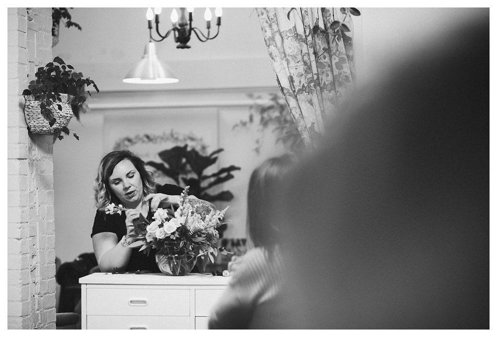 BlushandBloom-flowers-workshop-Toronto-wedding-photographer-florist-film-centrepiece-weddingflowers016.JPG