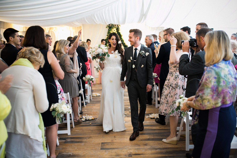 Kurtz-orchard-wedding-photos-danijelaweddings-rainy-romantic039.JPG