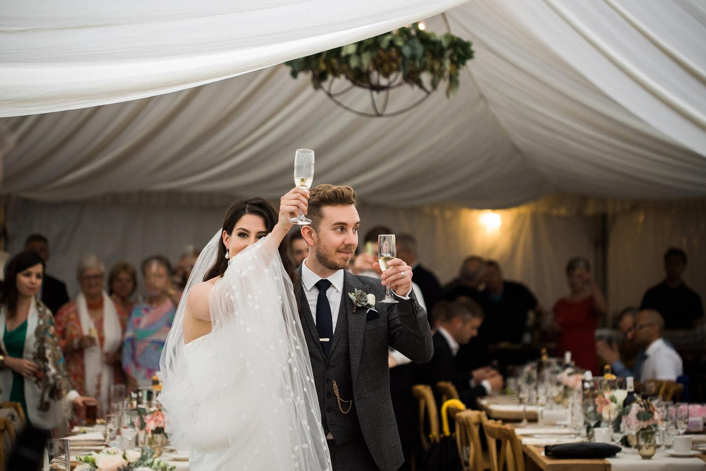 Kurtz-orchard-wedding-photos-danijelaweddings-rainy-romantic048.JPG