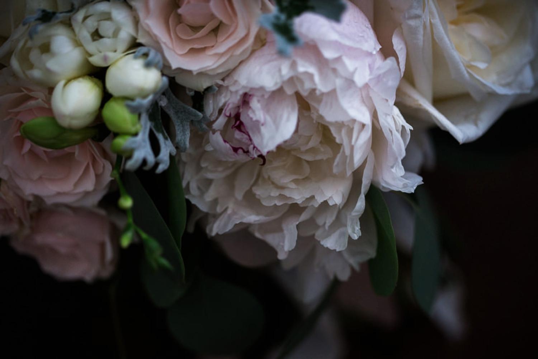 Kurtz-orchard-wedding-photos-danijelaweddings-rainy-romantic047.JPG