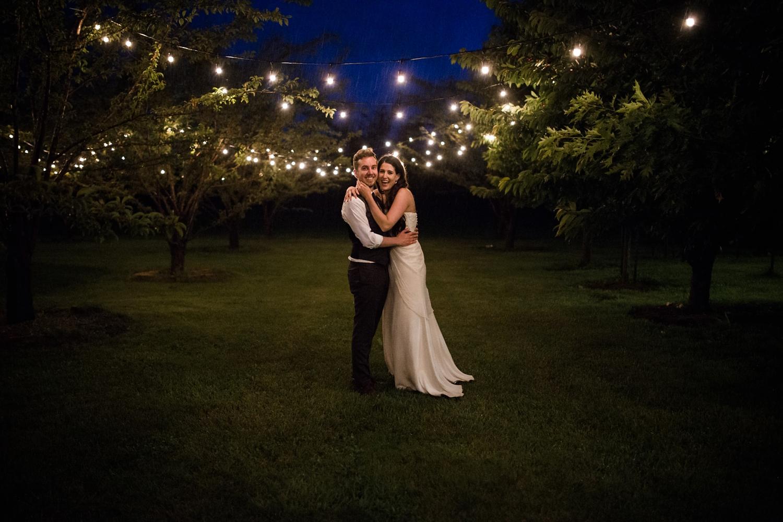 Kurtz-orchard-wedding-photos-danijelaweddings-rainy-romantic098.JPG
