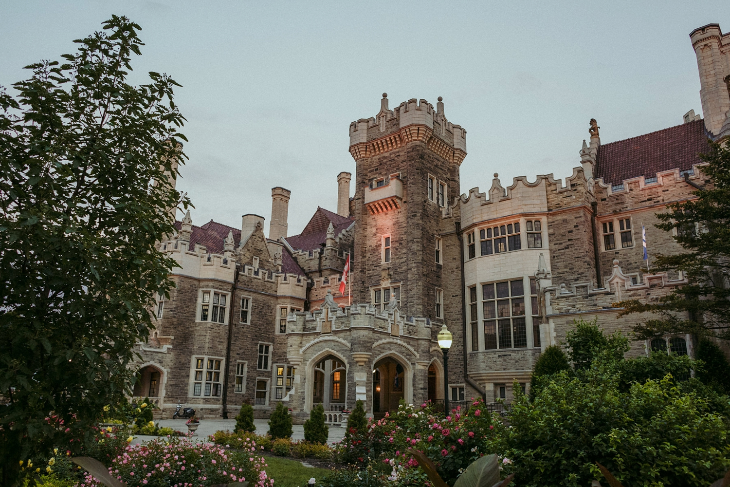 DanijelaWeddings-wedding-Toronto-CasaLoma-Berta-romantic-castle185.JPG