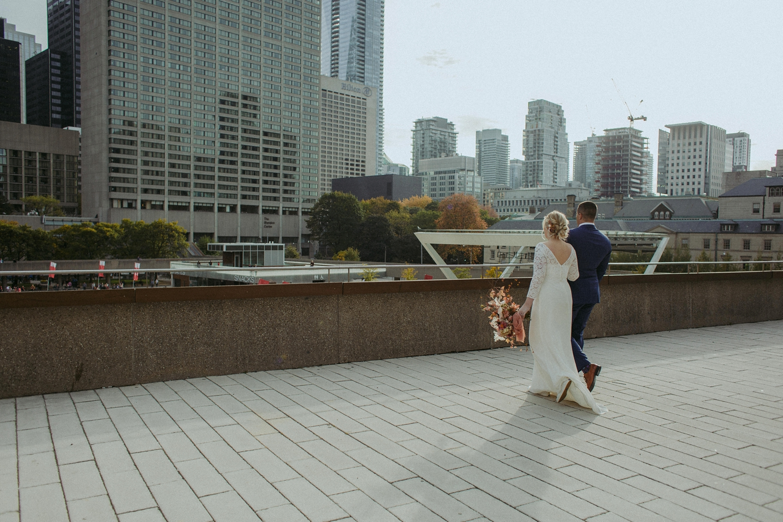 17-1021EJ-wedding-DanijelaWeddings-firstview0014.JPG
