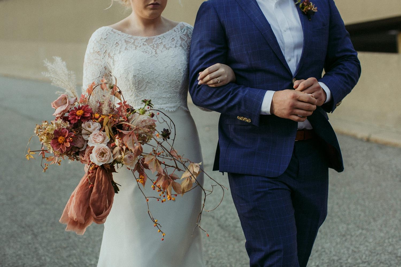 17-1021EJ-wedding-DanijelaWeddings-firstview0023.JPG