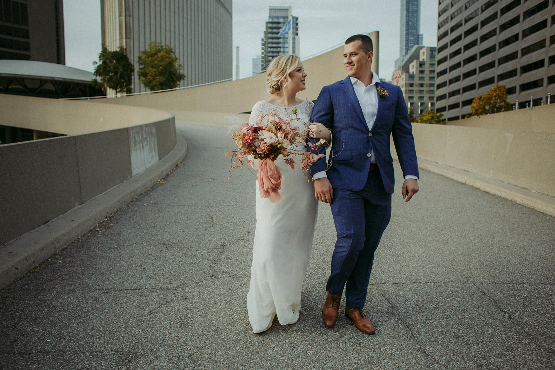 17-1021EJ-wedding-DanijelaWeddings-firstview0024.JPG