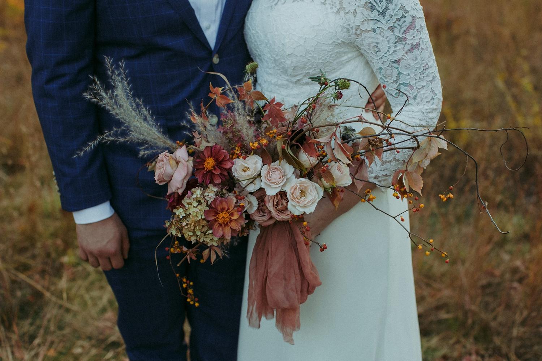 17-1021EJ-wedding-DanijelaWeddings-firstview0027.JPG
