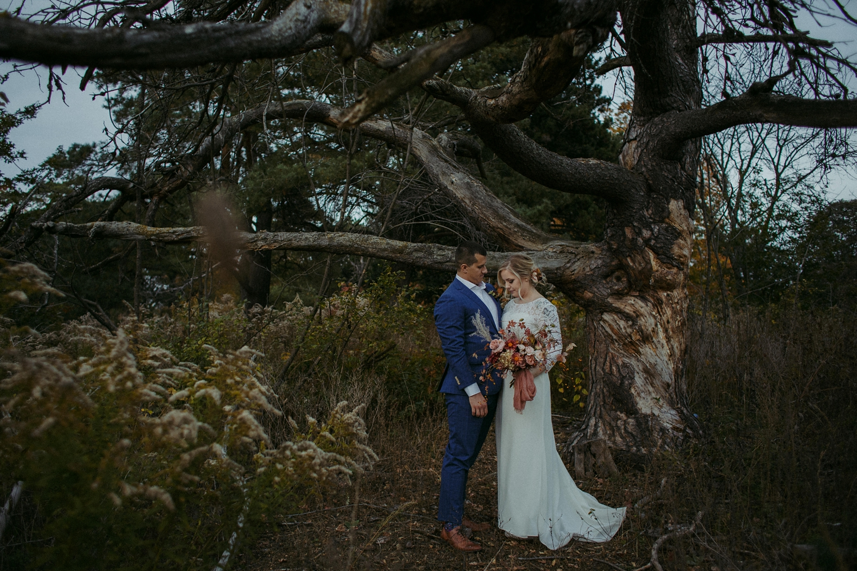17-1021EJ-wedding-DanijelaWeddings-firstview0029.JPG