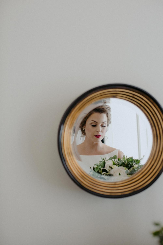 DanijelaWeddings-wedding-photos-Toronto-LangdonHall-countryclubwedding-luxe-artistic-013.JPG