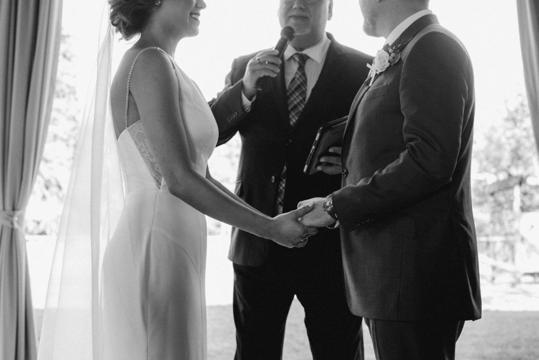 DanijelaWeddings-wedding-photos-Toronto-LangdonHall-countryclubwedding-luxe-artistic-033.JPG