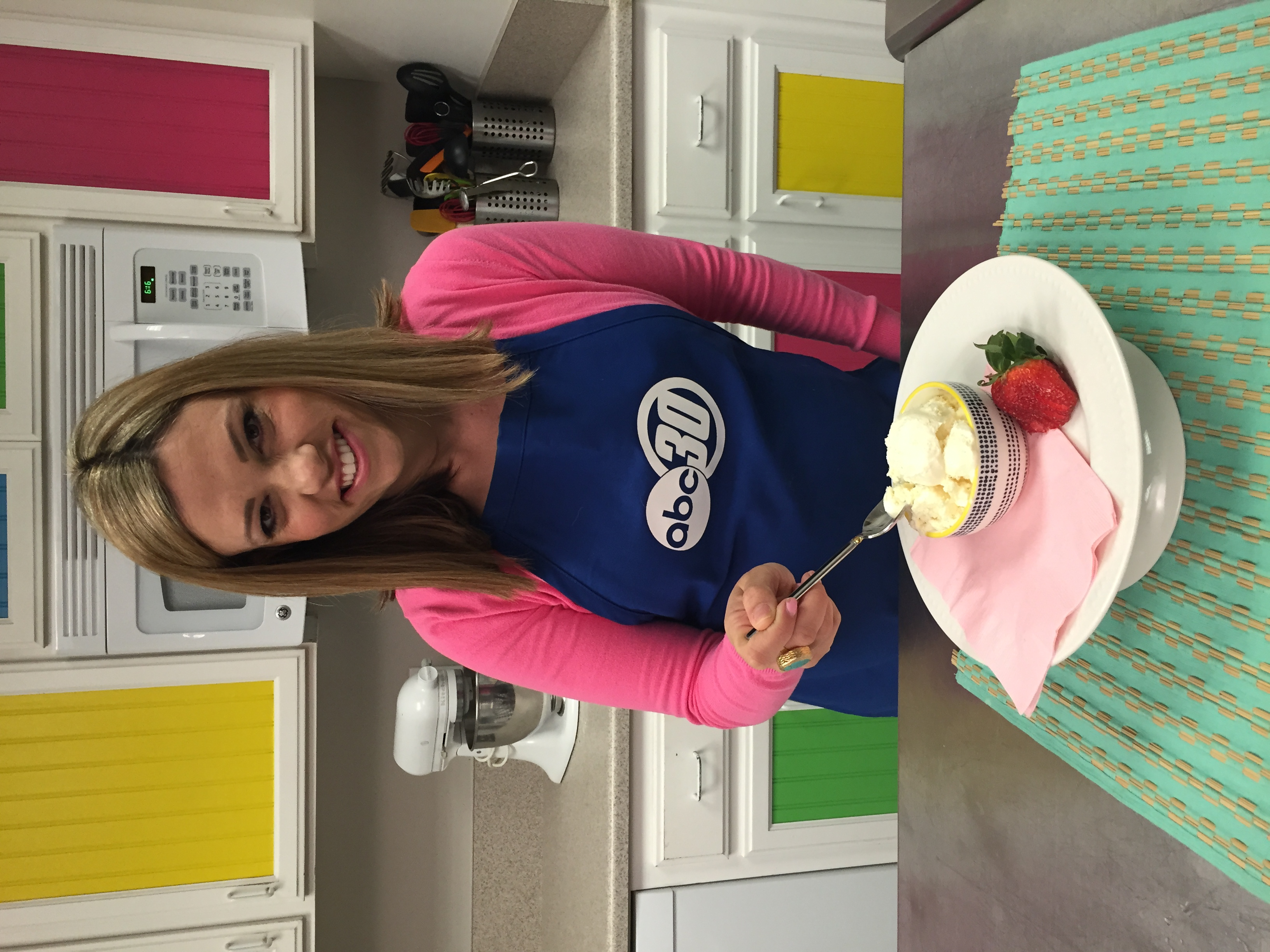 Chef Shayna on ABC30 preparing Disney inspired PineappleWhip