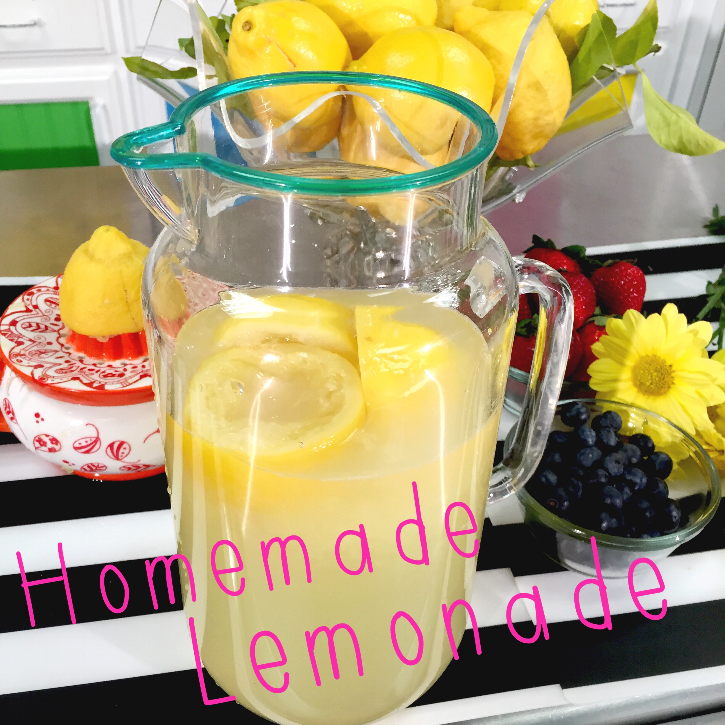 Simple homemade lemonade- Recipe on www.ChefShayna.com