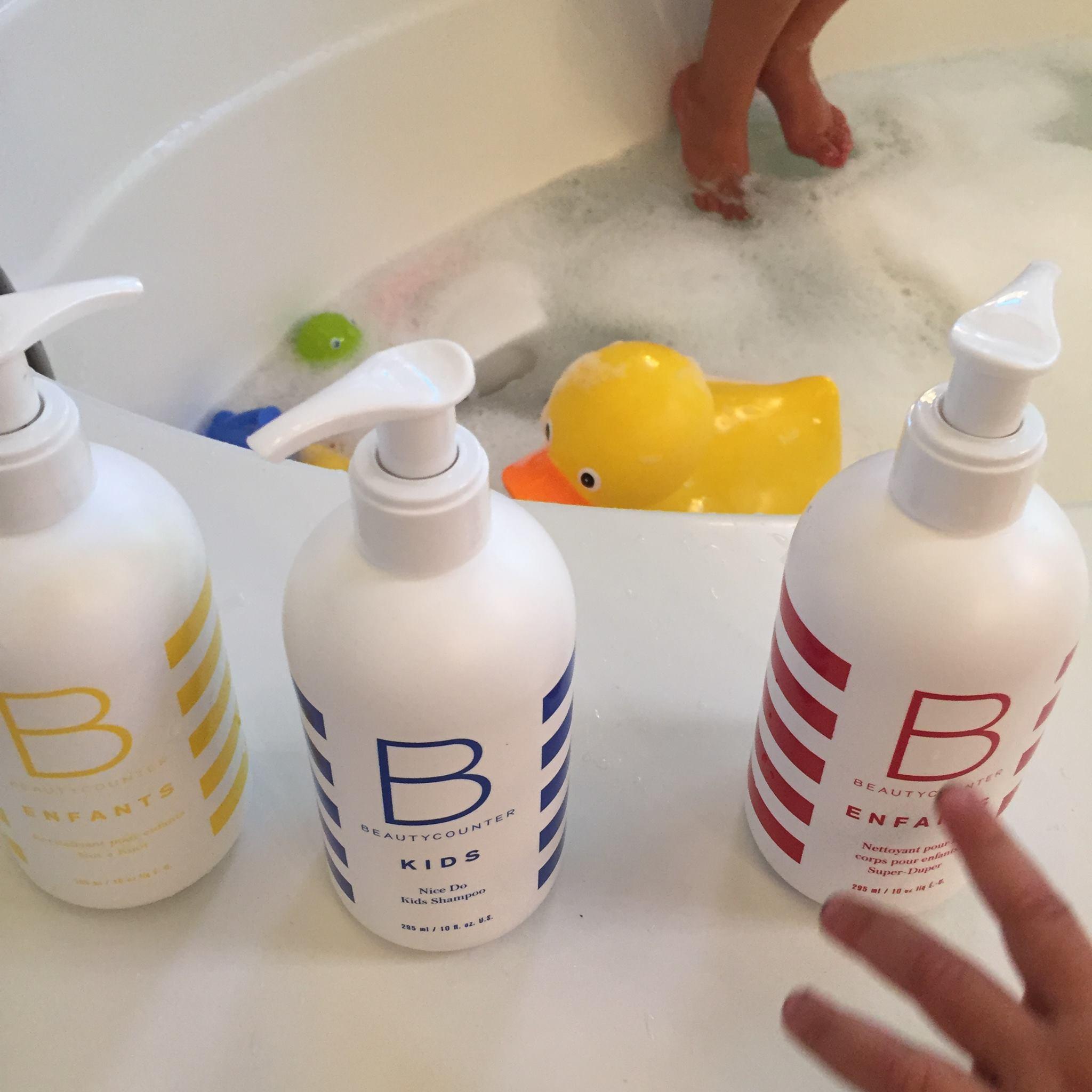 Rub a dub dub, my girls in the tub