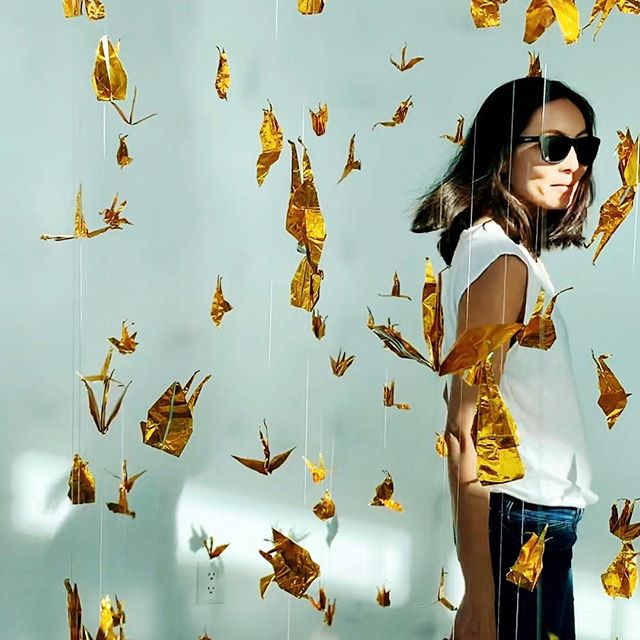 I think I found my flock. #adayindesartistes #blankcanvas #tees #theperfecttee #origaminecktee #origamiswans #whoistheartist