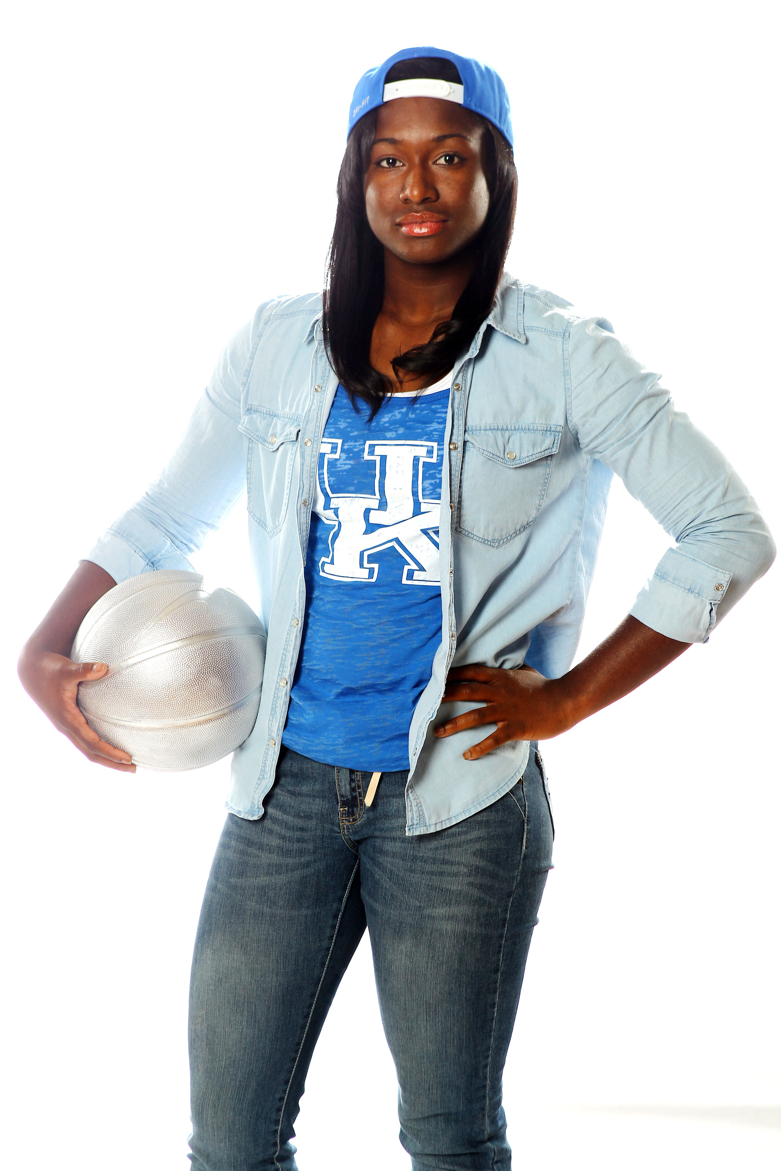 UK_wbball_outfits_077.jpg
