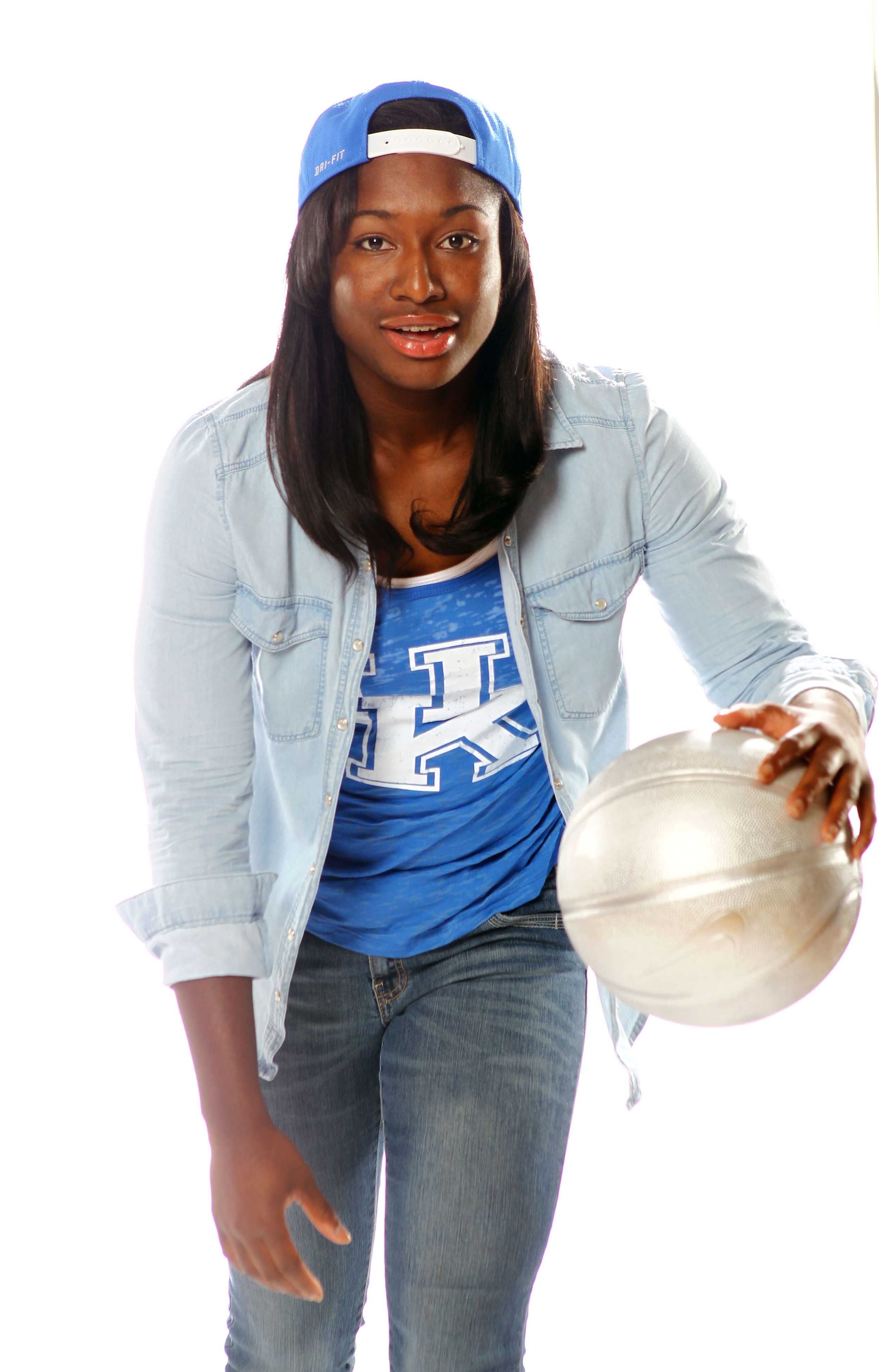 UK_wbball_outfits_093.jpg